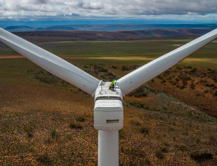 New report finds investing in renewable energy is far better bet than fossil fuels